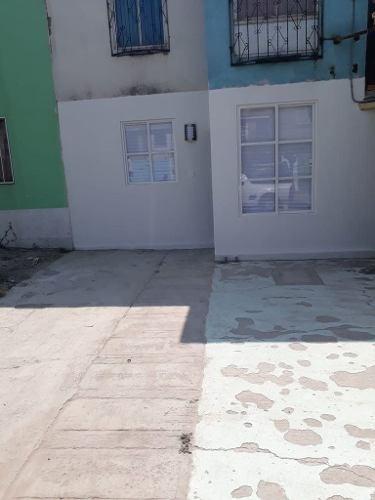 casa remodelada p/b en san antonio