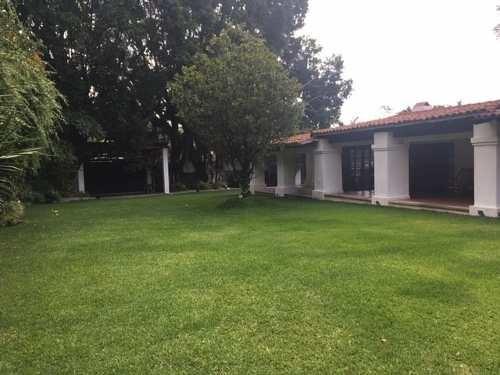 casa renta $45,000 zona dorada