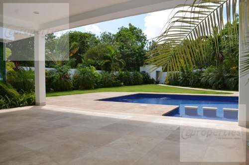casa renta en residencial villa magna, cancún