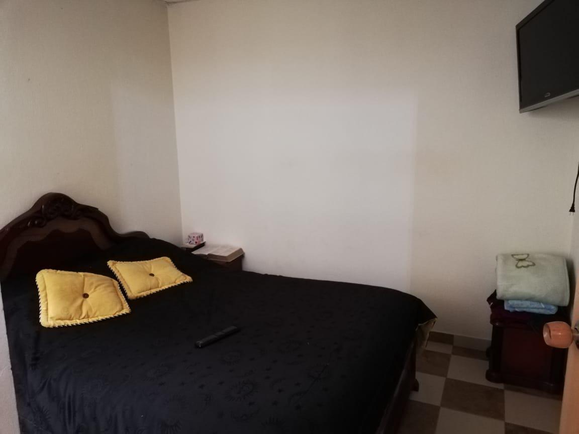 casa rentable 6 x 12  bosa holanda