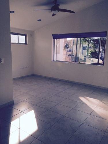 casa residencial en venta en cancun villa magna c1556