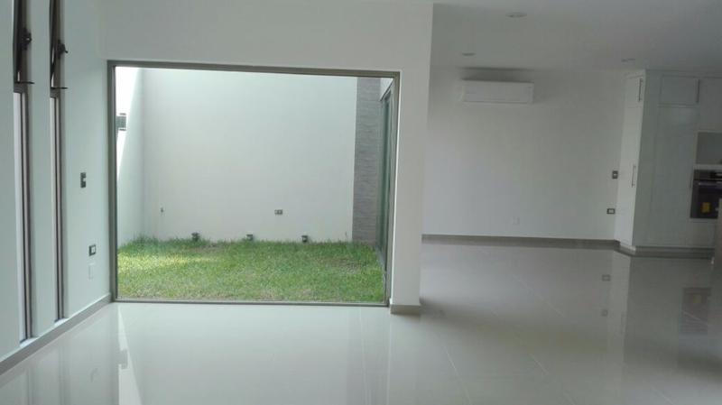casa residencial en venta, martha chapa, fracc. paraiso