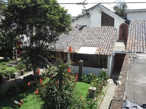 casa sangolquí 350m2 monumento rumiñahui. terreno 1300 m2
