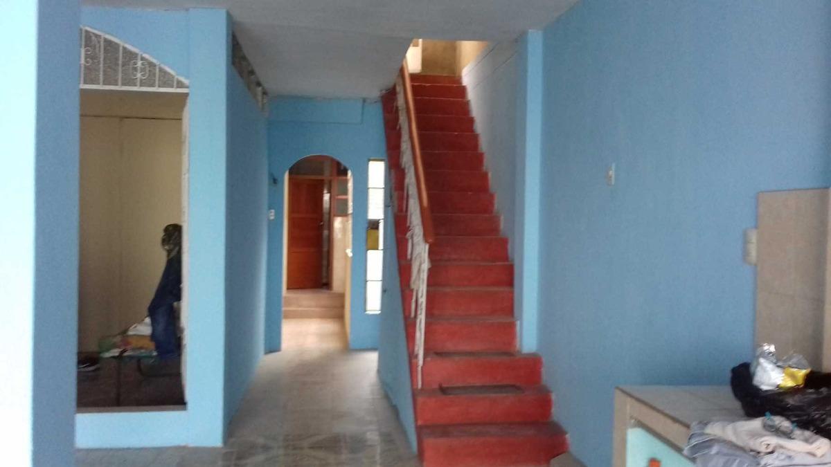 casa segundo y tercer piso