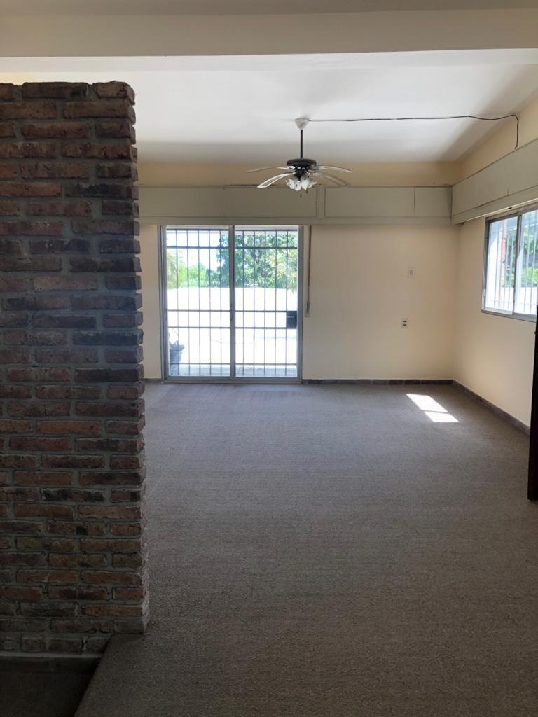 casa segura,céntrica,amplia,estufa,sol, 3dor.2baños,terrazas