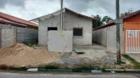 casa semi-acabada no bairro jussara, em mongaguá.
