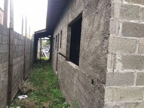 casa semi acabada, no balneário gaivota, em itanhaém.