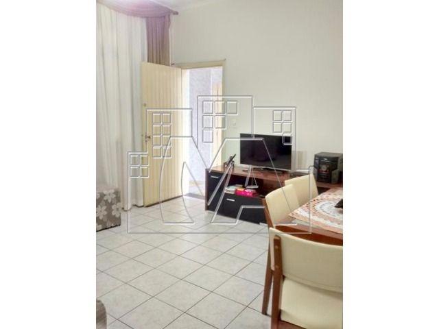 ¿¿casa semi isolada de 2 dormitórios, com quintal e churrasqueira na aviação.