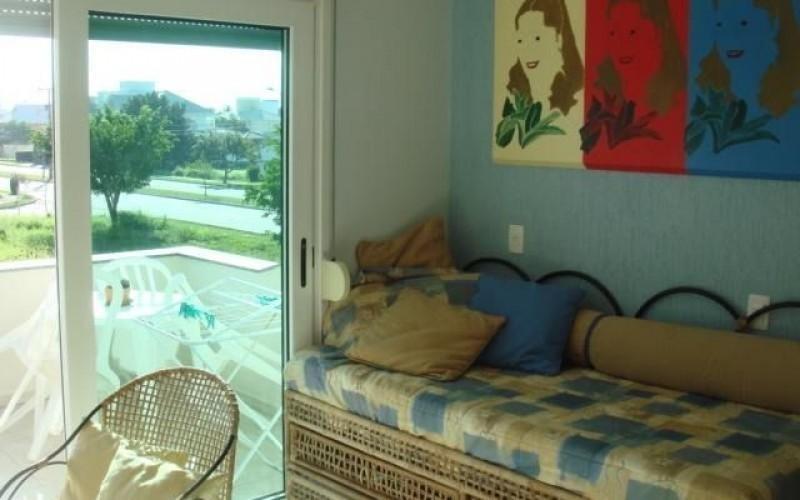 casa semi mobiliada 3 suítes próximo ao mar em jurerê internacional - ca0058