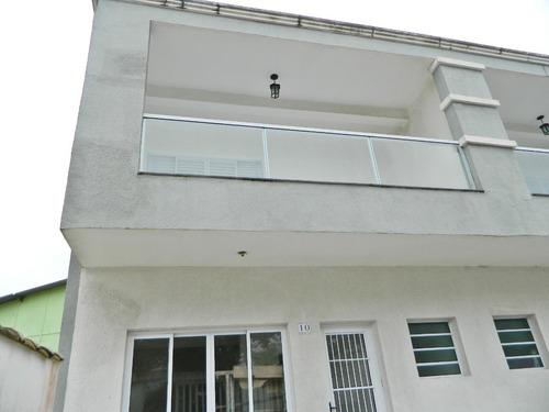 casa sobrado em mongaguá 2 quartos a 50 mts da praia
