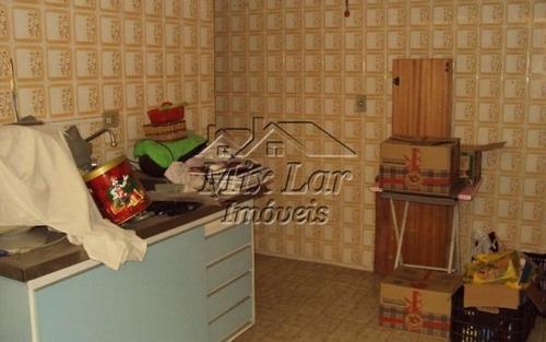 casa sobrado no bairro do centro - osasco - sp, com 220 m² de área construída sendo 3 dormitórios com 1 suíte, sala, cozinha, 3 banheiros e 4 vagas de garagens