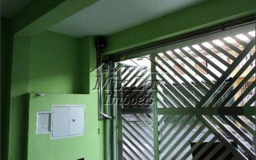 casa sobrado no bairro metalúrgicos  - osasco - sp, com 100 m² de área construída sendo 3 dormitórios, sala, cozinha, 1 banheiro e 2 vagas de garagens. whatsapp mix lar imóveis  9.4749-4346 .