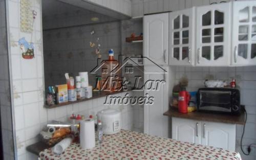 casa sobrado no bairro quitaúna - osasco - sp, com 220 m² de área construída sendo 3 dormitórios com 2 suíte, sala, cozinha, 2 banheiros e 2 vagas de garagens.