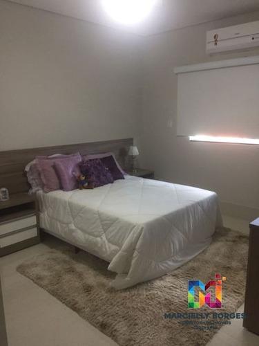 casa sobrado padrão com 6 quartos - 746943-v