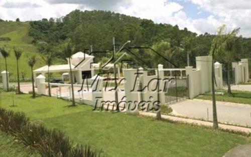 casa sobrado para permuta no bairro paiol velho - santana de parnaíba - sp, com 460 m² de área construída sendo 3 dormitórios com 3 suítes, sala, cozinha, 2 banheiros e 5 vagas de garagens