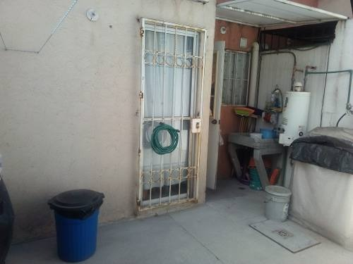 casa sobre av ideal para negocio, 2rec  1.5 baños