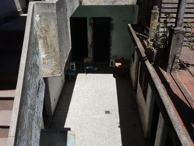 casa sobre lote propio. 200m2. terraza. patio. ideal 2 familias