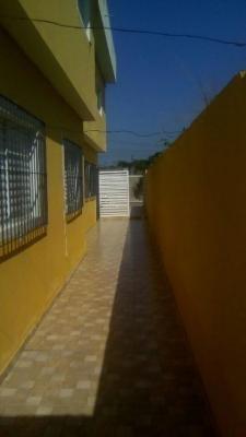 casa sobreposta com 2 dormitórios, entrada + parcelas!!
