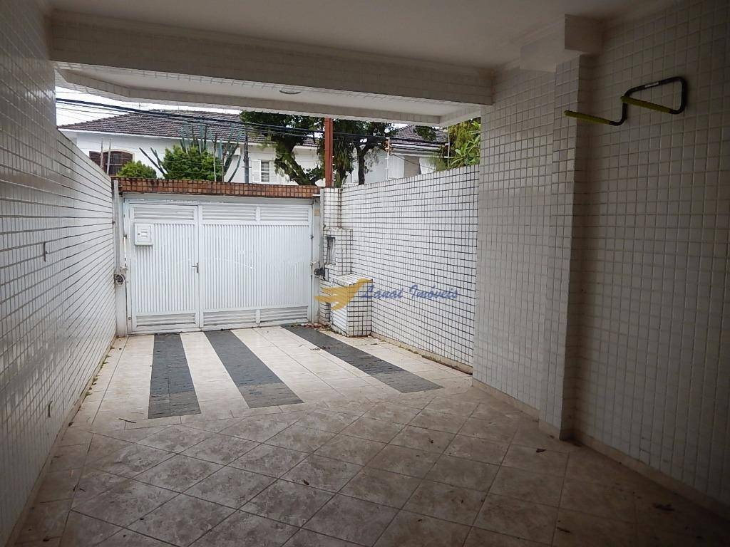 casa sobreposta duplex em ótima localização, à venda, boqueirão, santos. - so0702