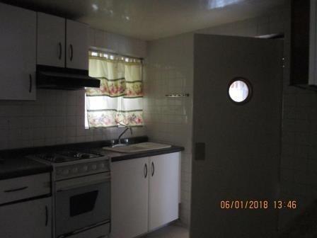 casa sola, 2 niveles, cerca del metrobus tenayuca