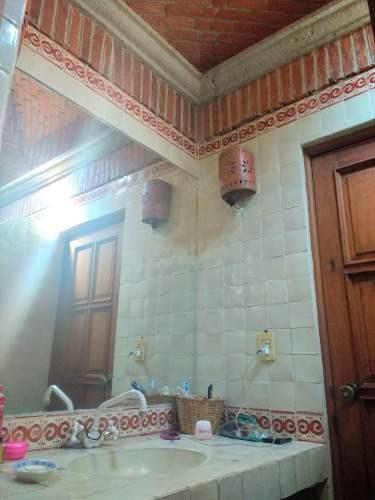 casa sola colonial en renta en lomas tetela