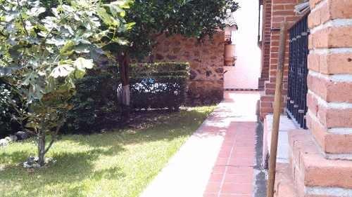 casa sola en burgos / temixco - grb-302-cs