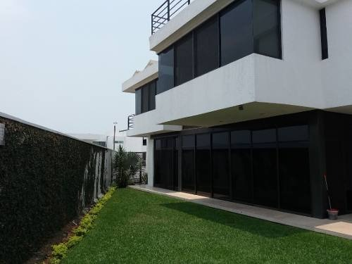 casa sola en burgos / temixco - roq-376-cs