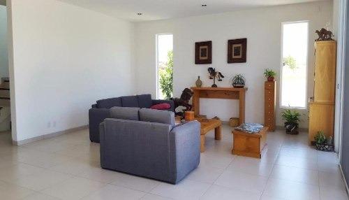 casa sola en centro / emiliano zapata - roq-23-436wa-cs