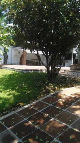 casa sola en delicias / cuernavaca - ine-386-cs