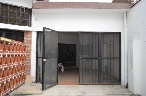 casa sola en jardines de cuernavaca / cuernavaca - cal-129-cs*