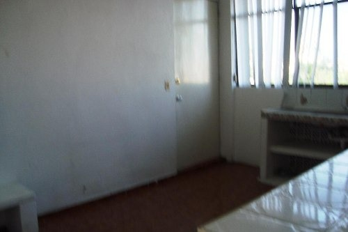 casa sola en la pradera / cuernavaca - ine-241-cs
