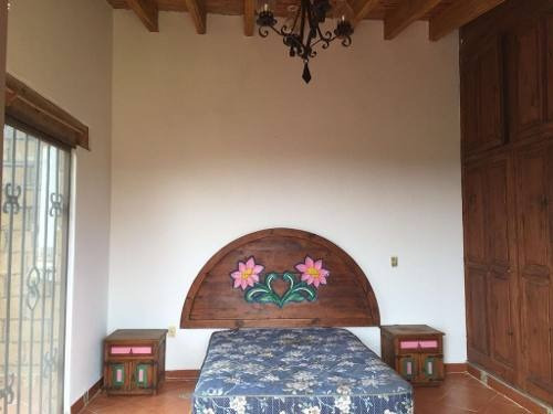 casa sola en ocotepec / cuernavaca - vem-572-cs