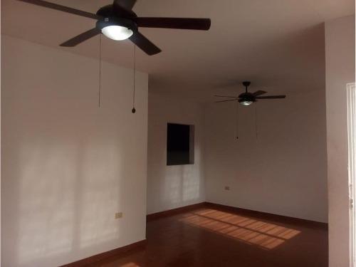 casa sola en renta 24 de junio