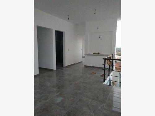 casa sola en renta barrio san juan