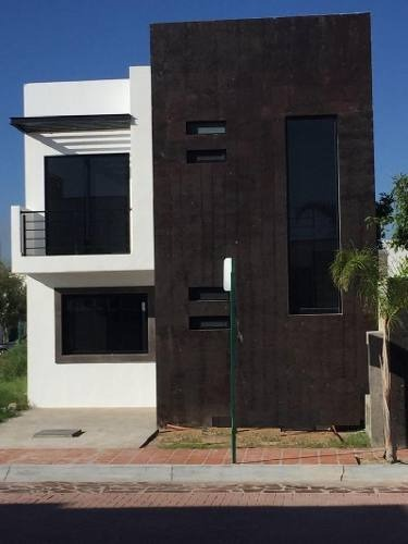 casa sola en renta en camino real, celaya, guanajuato