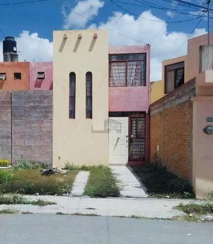 casa sola en renta en hacienda de jacarandas, san luis potosí, san luis potosí