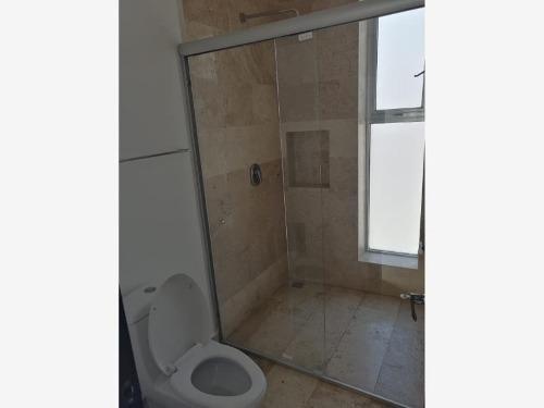 casa sola en renta fracc ambar