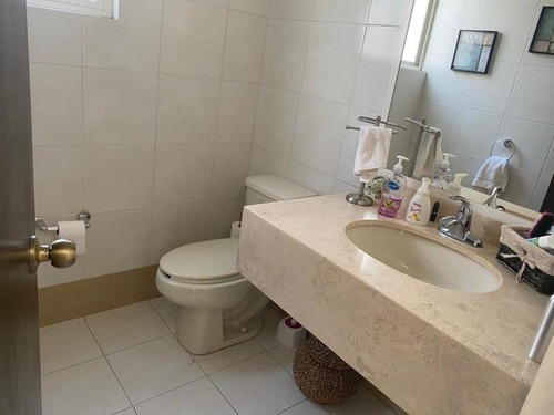 casa sola en renta fracc residencial el fresno