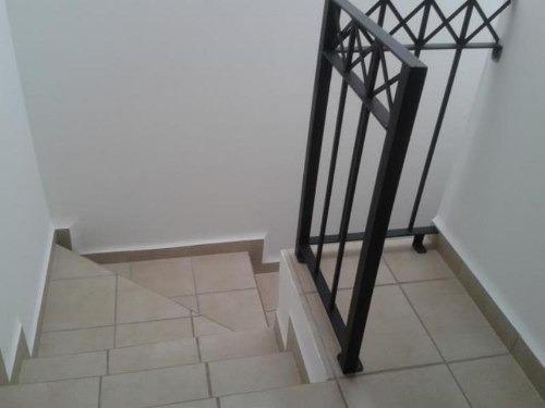 casa sola en renta fraccionamiento arcos de guanajuato.