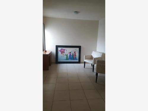 casa sola en renta fraccionamiento quetzal