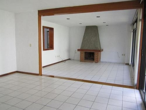 casa sola en renta lomas de la llave