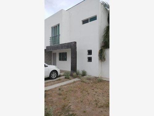 casa sola en renta palma real