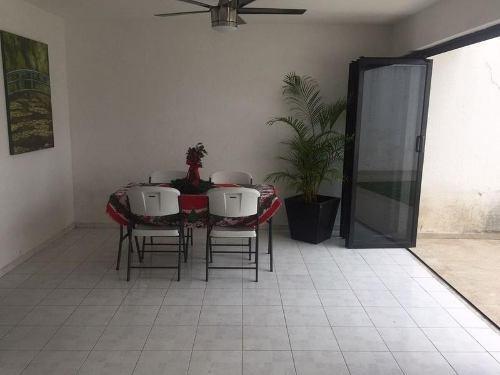 casa sola en renta petrolera