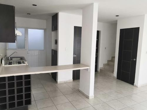 casa sola en renta puerta de piedra