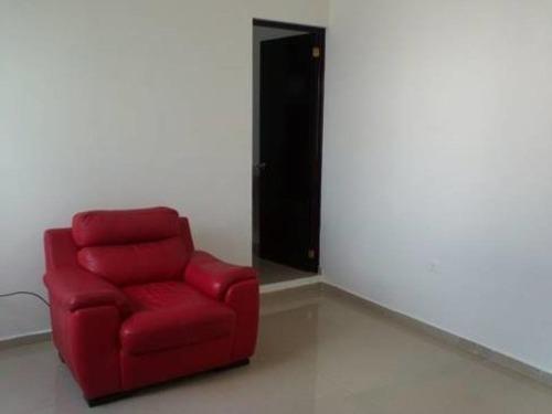casa sola en renta puerta grande