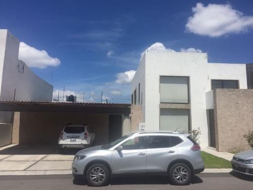 casa sola en renta punta juriquilla
