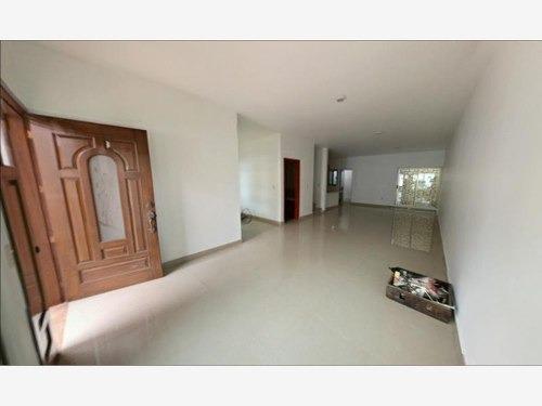 casa sola en renta residencial gardenias