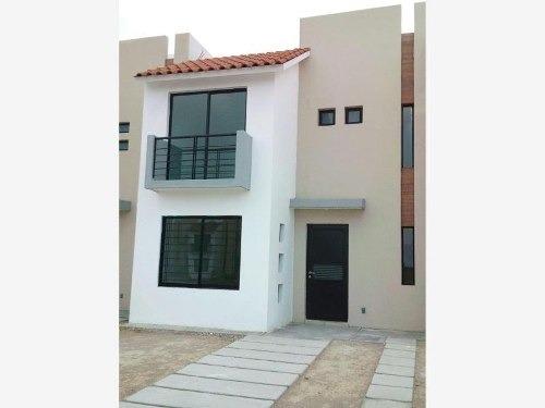 casa sola en renta residencial horizontes