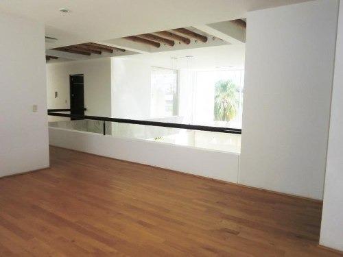casa sola en renta vista hermosa