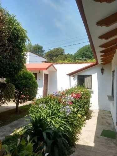 casa sola en santa maría ahuacatitlán / cuernavaca - cal-202